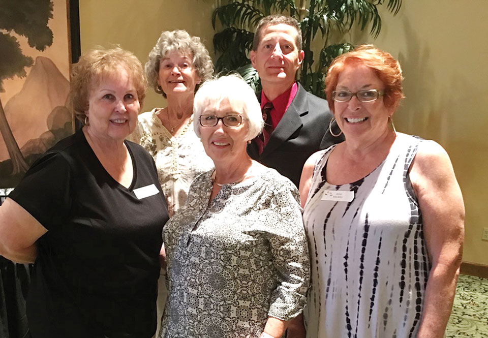 Left to right, front: Joann Pagano (3rd place), Barb Chilton, (2nd place), Janie Meckler (lst place); back row: Club President Janet Day, Tournament Director Alex Potapoff