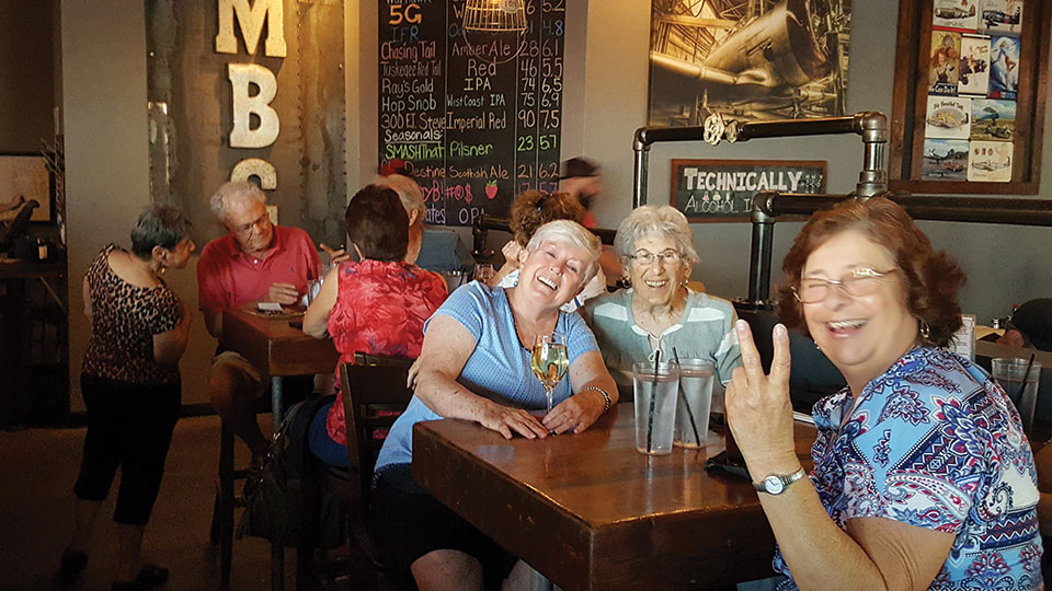 PC Singles live it up at the Saddle Mountain Brewing Company