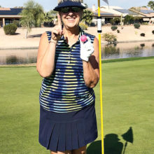 Roberta Ginter makes a hole-in-one.
