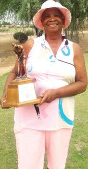 Carolyn Suttles wins the legends trophy!