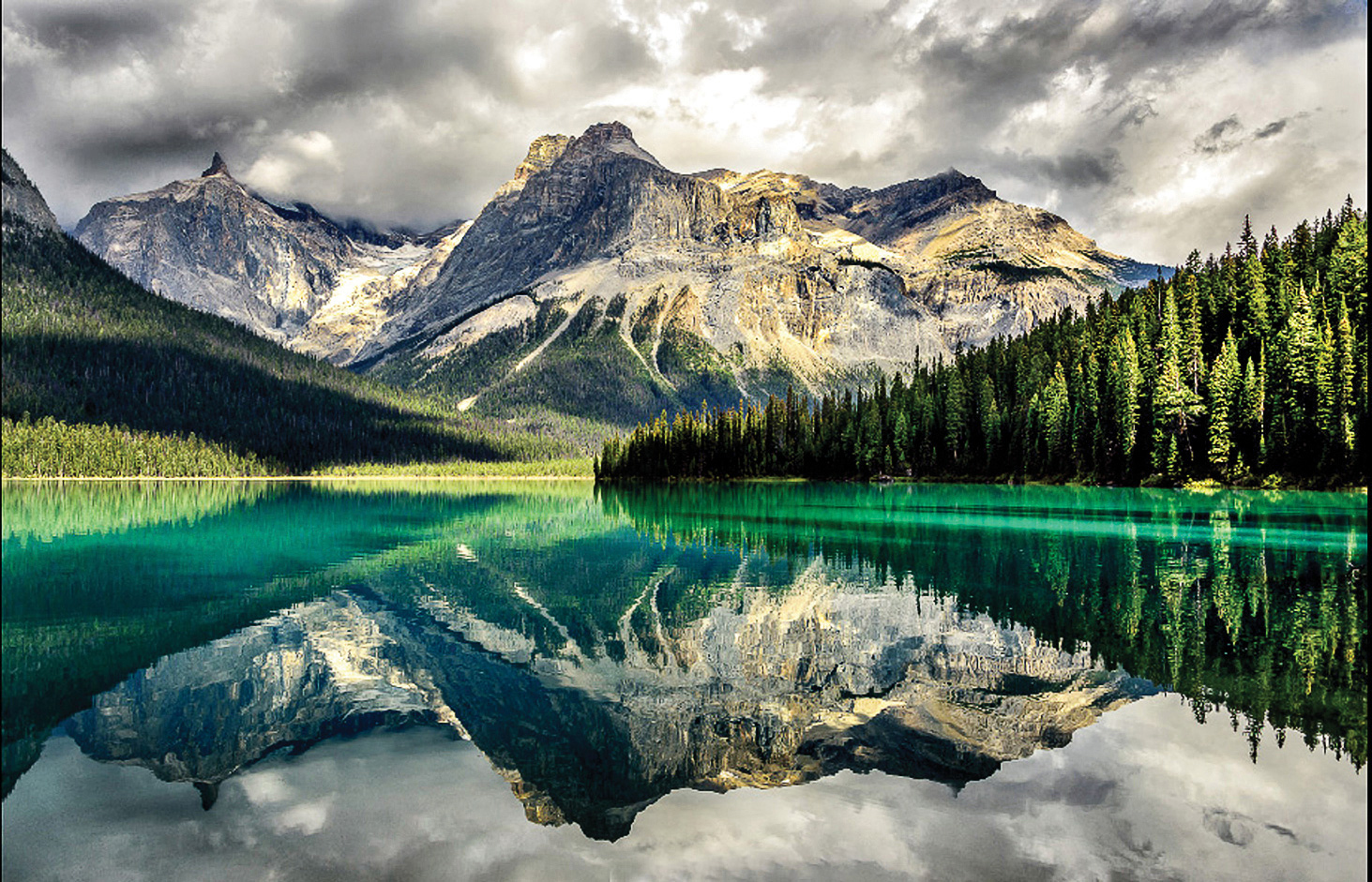 A beautiful example of Canadian Rockies scenery by Kathryn Dannay, featured presenter for the June Camera Club meeting.